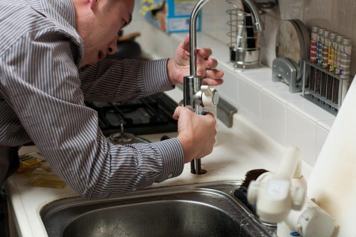 Comment trouver un plombier chauffagiste rapidement